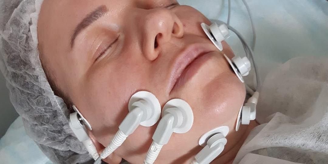 Миостимуляция – подтяжка лица без операции. Микротоки, микротоковая терапия в МЦ Данимед. Санкт-Петербург. м Балтийская, Фрунзенская